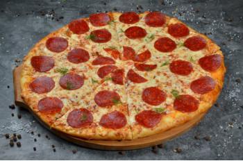 Пицца Салями 32
