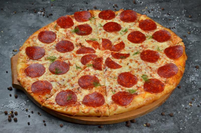 Пицца Салями 40